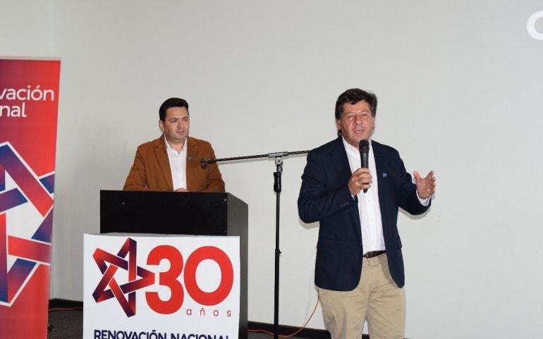 Juan Castro lanza oficialmente su candidatura a senador
