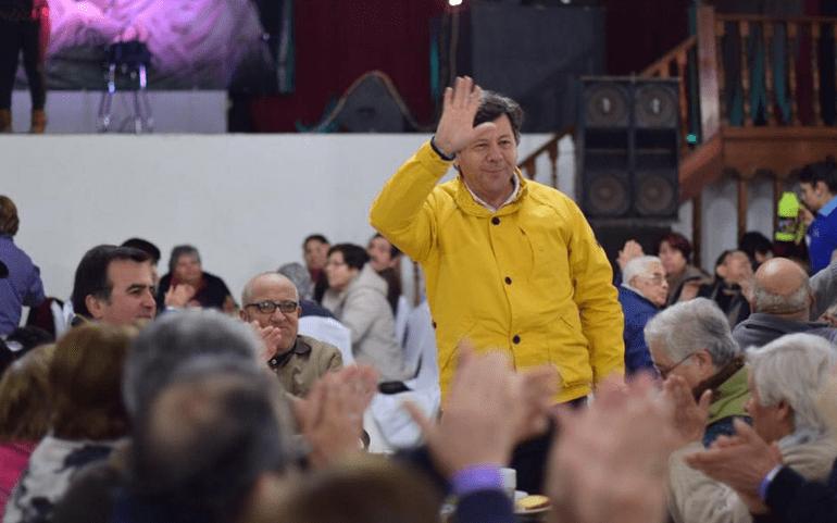 Juan Castro: El desconocido para el grueso de los chilenos que lidera la carrera al Senado por el Maule